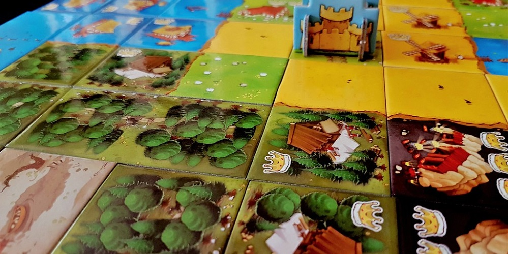 9 Great Family-Friendly Board Games [Pixelkin]